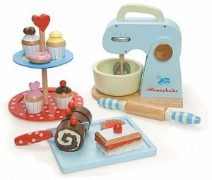 wooden-play-food