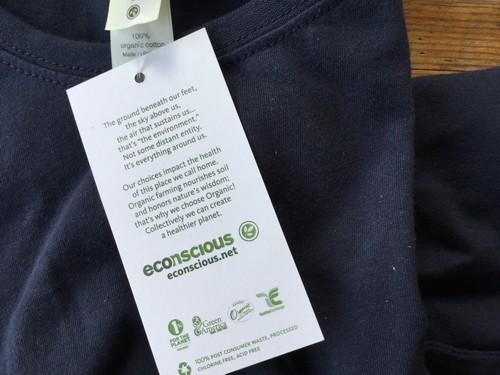 econscious organic tee shirt label