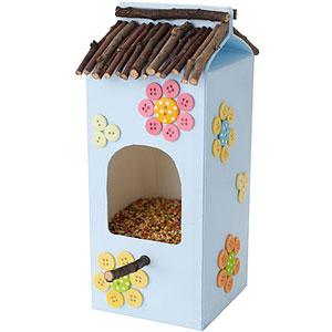 tetra pak bird feeder